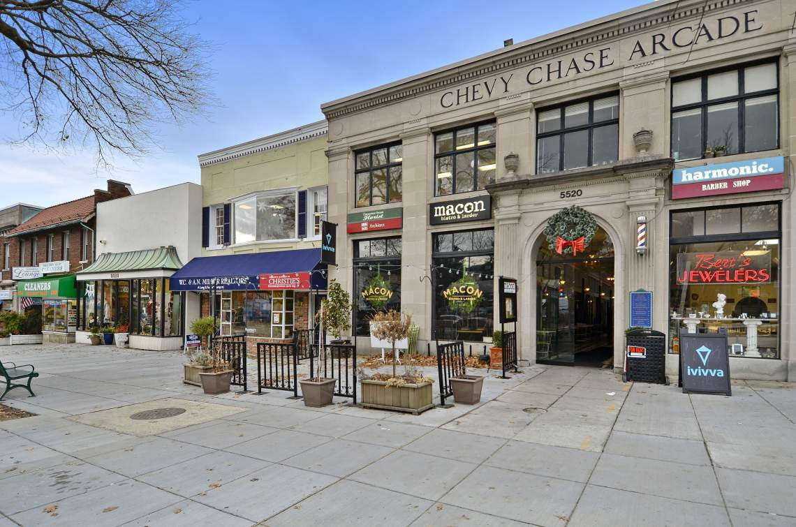 CC-Circle-Shops-2
